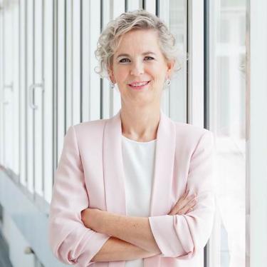 Zum Spitzenfrauen-Porträt von Frau Univ.-Prof. Marion Weissenberger-Eibl