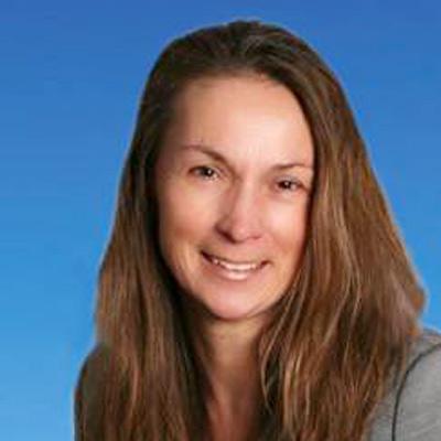 Dr. Carmen Selg
