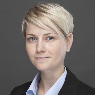 Dr. Sabine Hirschle