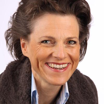 Dr. Stephanie Mair-Huydts